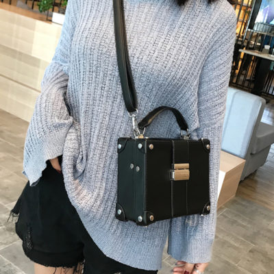 Handbags Trends-Boxes and Cubes